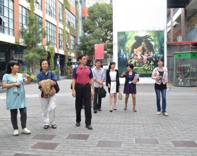 深圳市委宣传部领导莅临莅临园区检查创意十二月活动相关工作